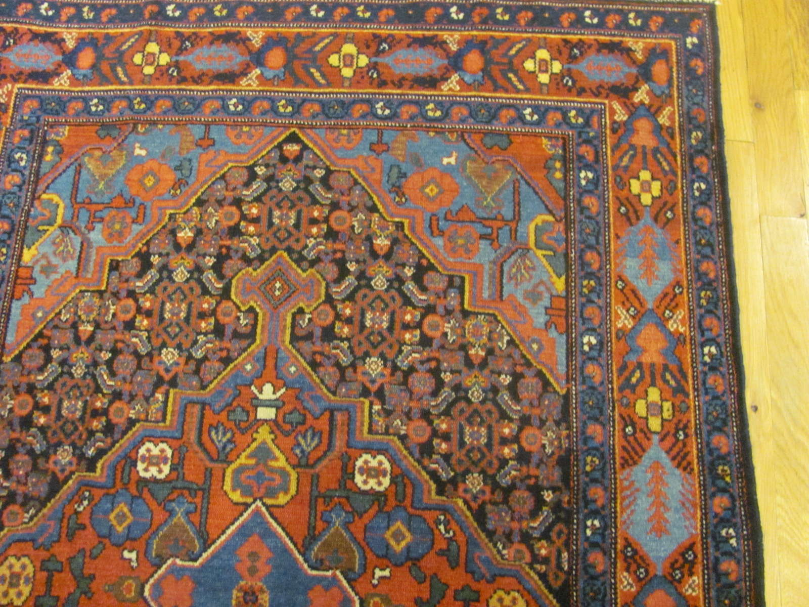24836 antique persian senneh kurd rug 3,4x4,5-1