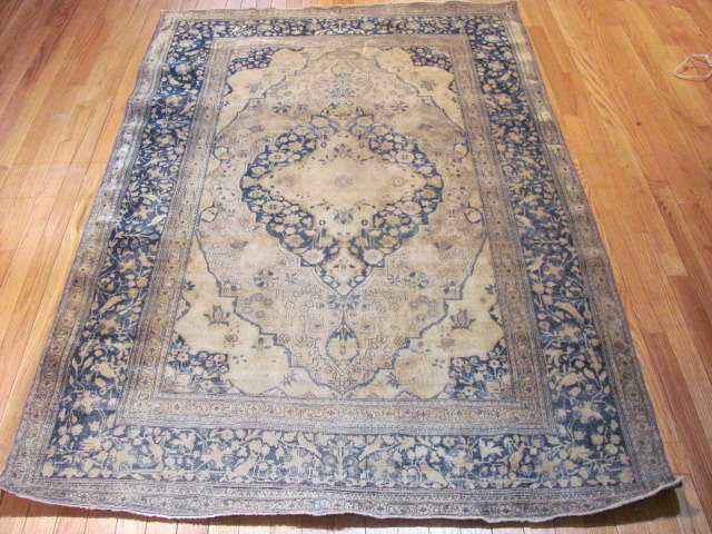 24985 Antique Persian Kashan Mohteshem rug  4,4 x 6,7