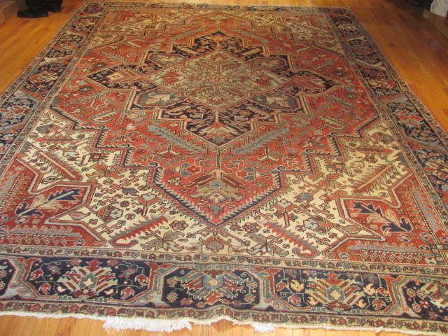 25035 Persian Heriz carpet  8,10 x 12,3