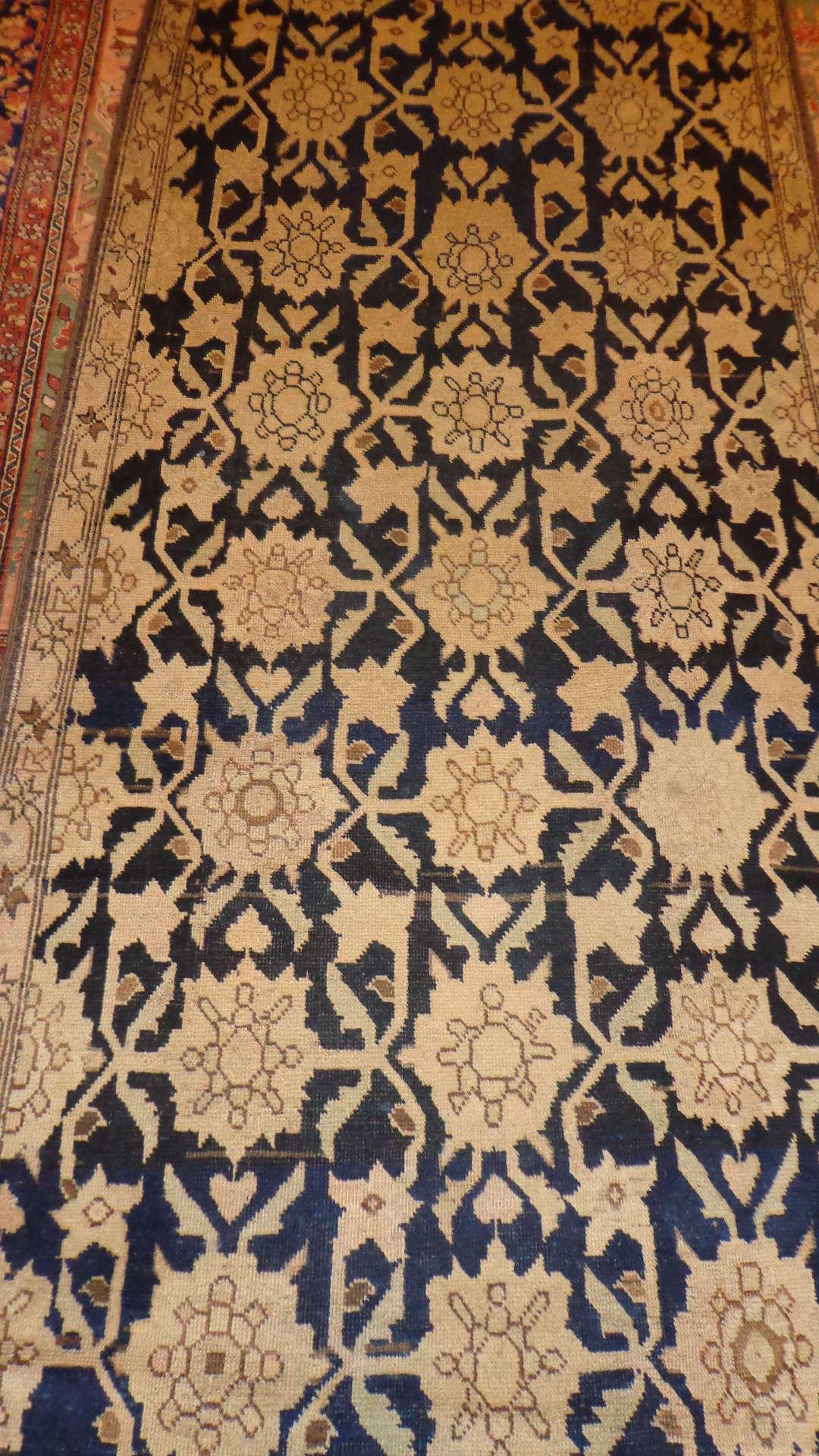 24327 antique Caucasus Karabagh 3,8 x 15,7 (2)
