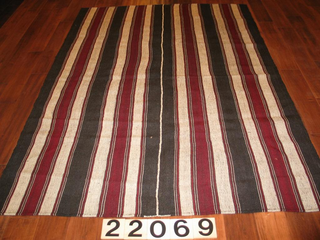 22069 nomadic flatweave kilim (1)