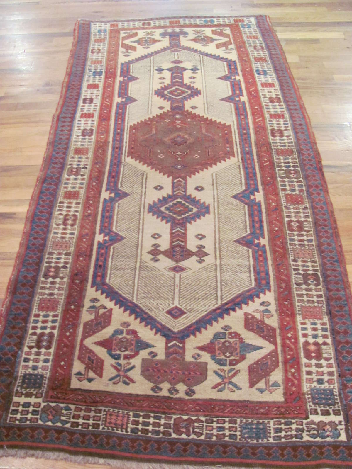 Serab Rug | Persia | Hand Knotted | Circa 1930