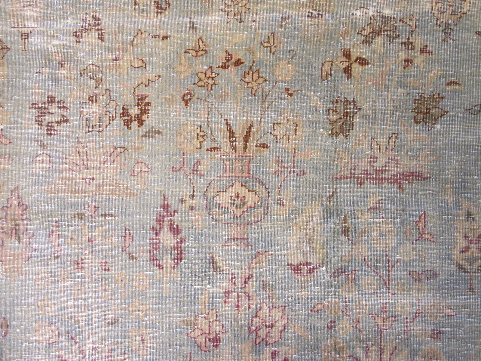 13061 Tabriz vase pattern rug 11,8 x 18,3 (5)