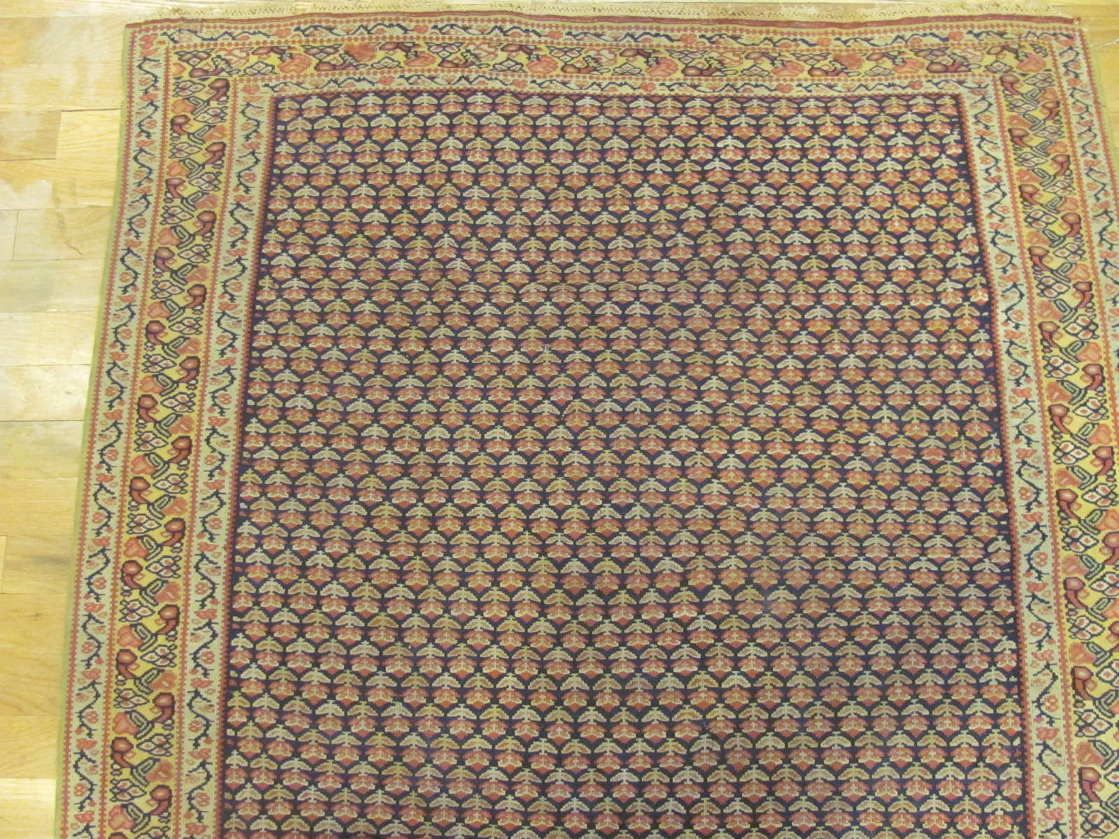 24776 persian senneh kilim rug 3,6 x 4,10-1