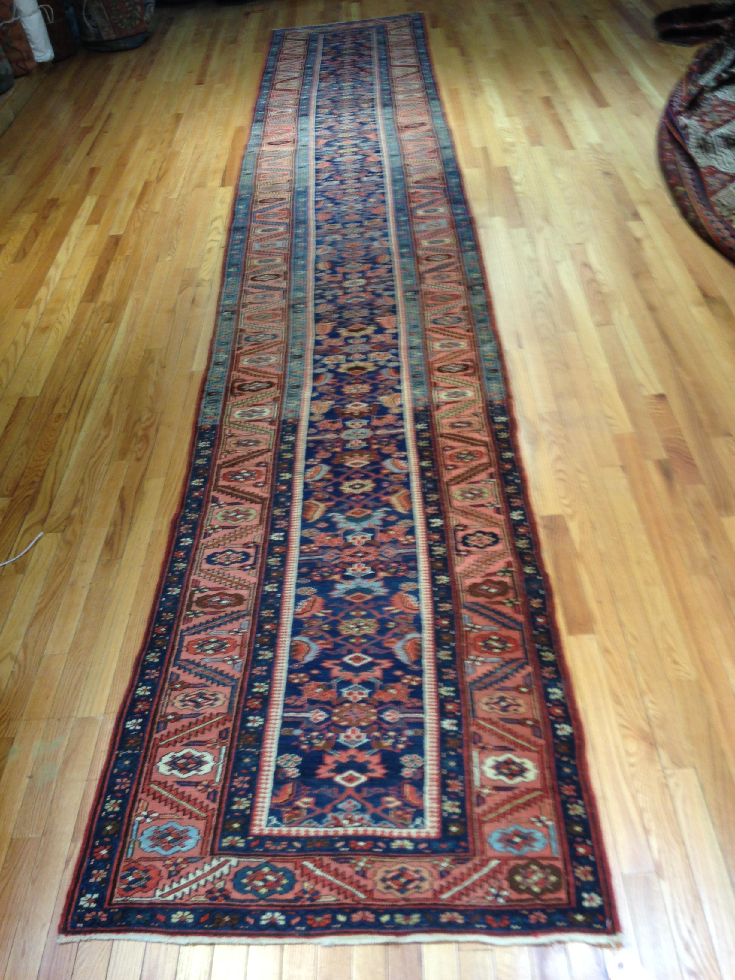 25052 antique Persian Bakshaish runner 3,2 x 17,4-