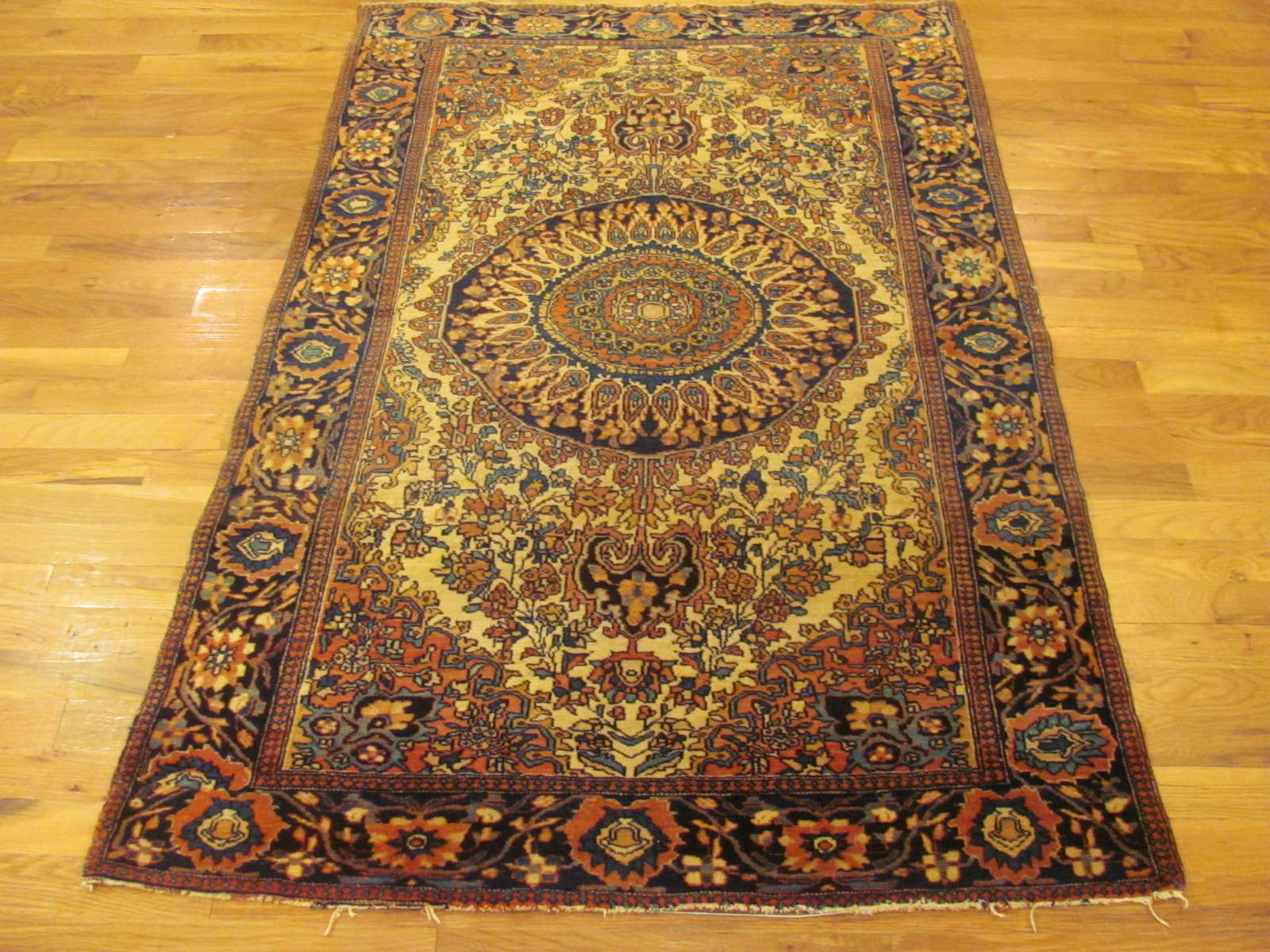 25092 antique persian fereghan rug 3,5x5,4