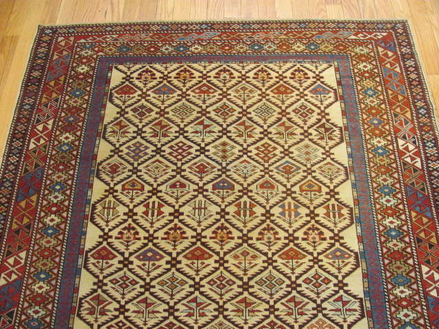 25105 antique caucasian shirvan rug 4,1 x 6,7-1